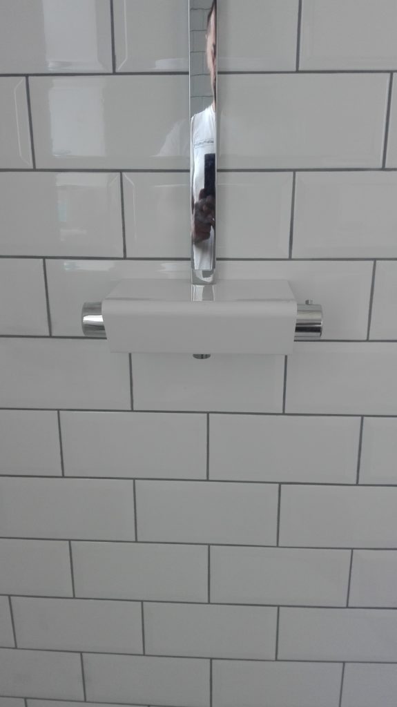 Thermostatic tap